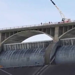 Grand Coulee, WA: Removing Scaffolding from the Massive Grand Coulee Dam