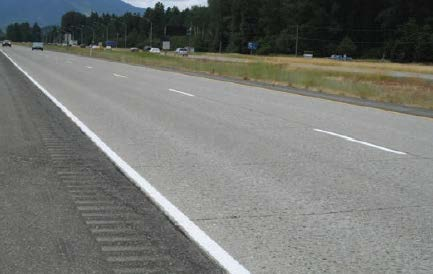 Photo of 35-year-old unbonded PCC overlay on I-90.