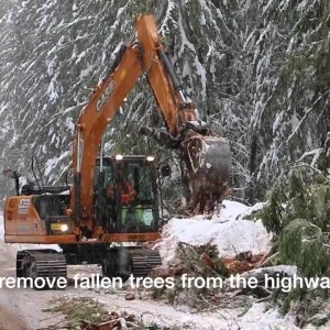 Oregon DOT Reopens Highway After Heavy Snows